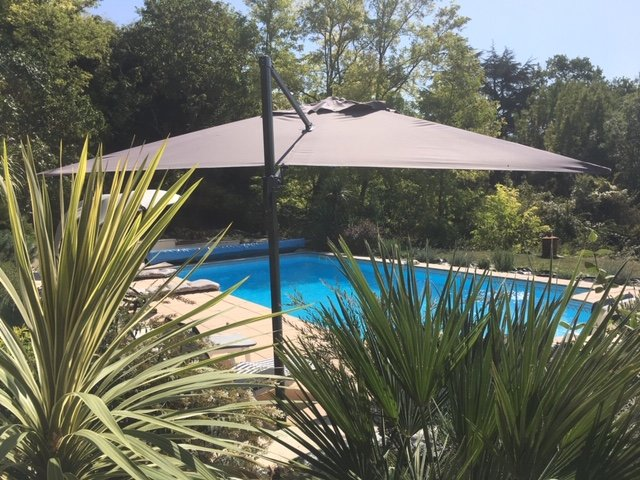 Private holiday cottage with pool on border of Lot et Garonne and Dordogne, alquiler de vacaciones en Lot-et-Garonne