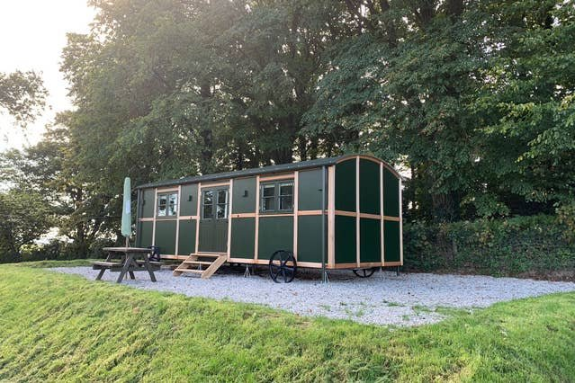 Our exclusive Shepherds Hut *Tarragon*