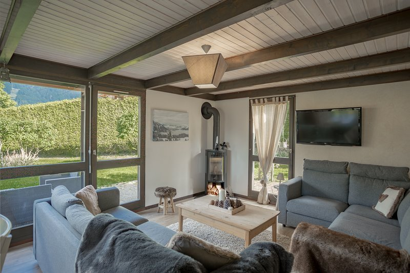 Mountain Xtra Chalet Lilybel, holiday rental in La Cote-d'Arbroz