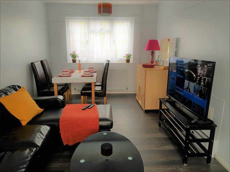 Poynters House - Huku Kwetu (Luton), holiday rental in Harlington