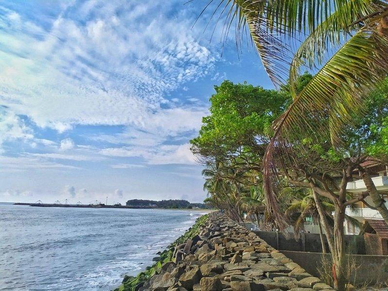 TIDE END HERITAGE BEACH RESORT, holiday rental in Kochi (Cochin)