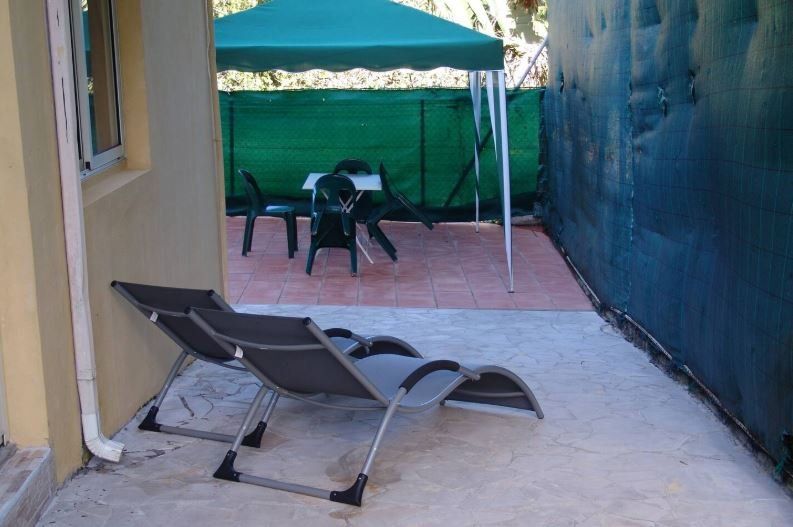 Nice apt with garden & terrace, holiday rental in Goyave