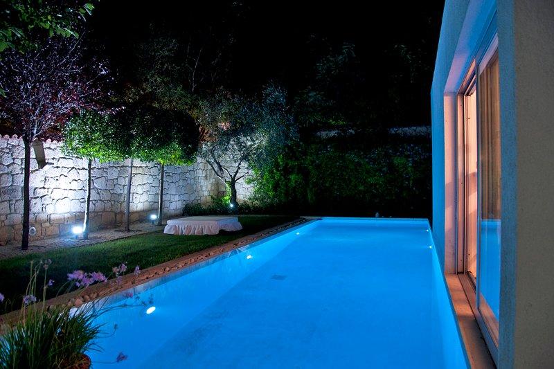 ALACATI AMAZING VILLA - Garden - pool, holiday rental in Cesme