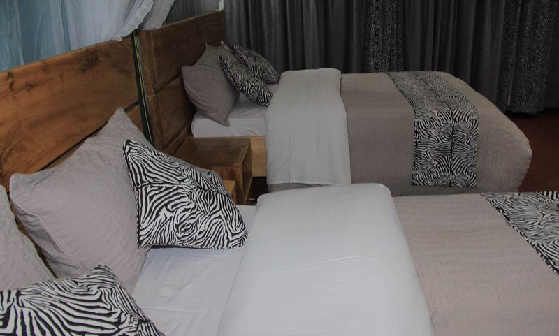 Kisubi Family Cottage 2 Queen beds, holiday rental in Bwerenga