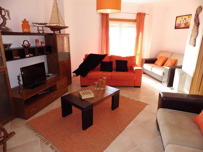 Nice apt with sea view & balcony, holiday rental in Alfeizerao