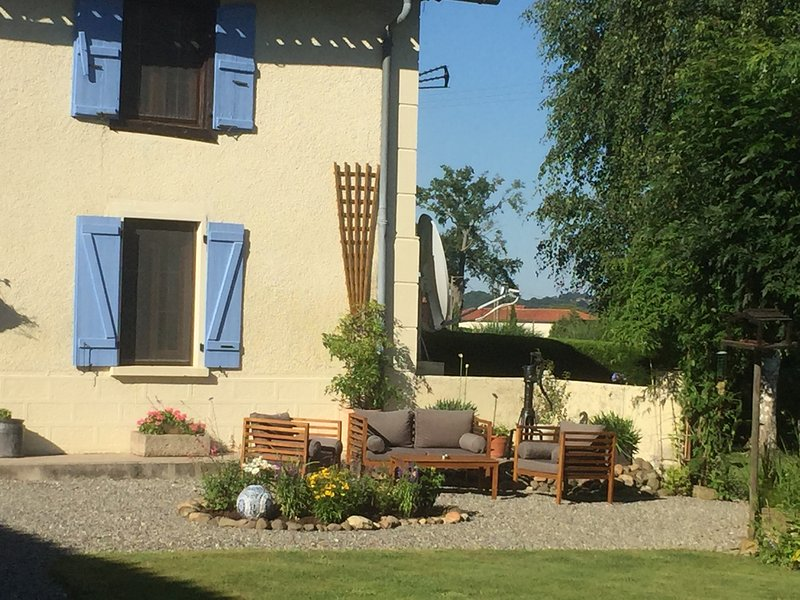 Michouat Chambres D'Hotes La Rose room, holiday rental in Chelle Debat