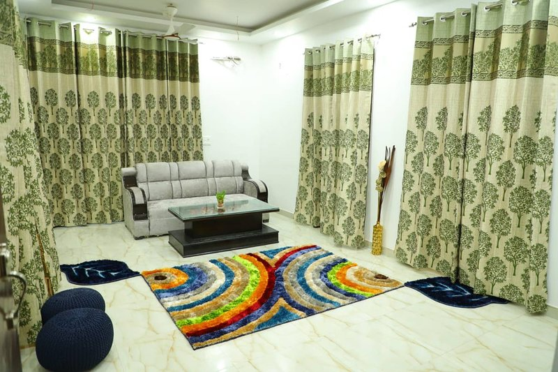 Excellent Property With Exellent Amenities You Would Love To Live In, vacation rental in Rishikesh