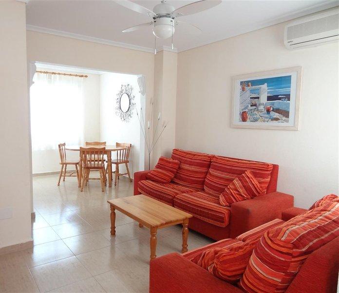 Tui Casa, Sun & Beach, 3 Bed Villa Pool & Solarium, location de vacances à El Altet