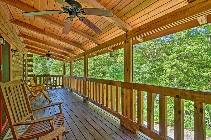 Andrews Cabin in Nantahala National Forest!, holiday rental in Andrews