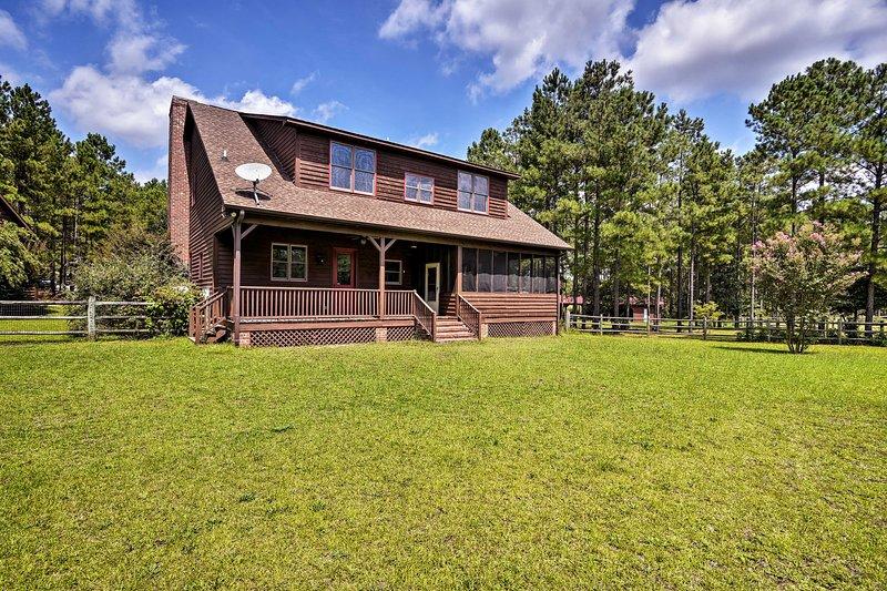 Soak up the sunshine from this charming North Carolina vacation rental!