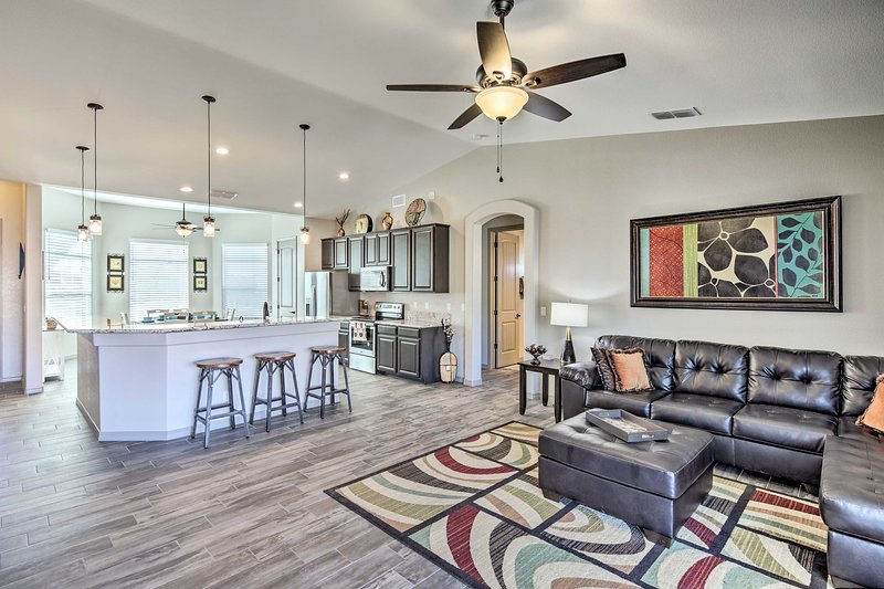 Make your next Lake Havasu one for the books with this upscale vacation rental!