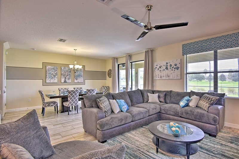 Disney Retreat w/ Arcade, Pool & Home Theater, location de vacances à ChampionsGate