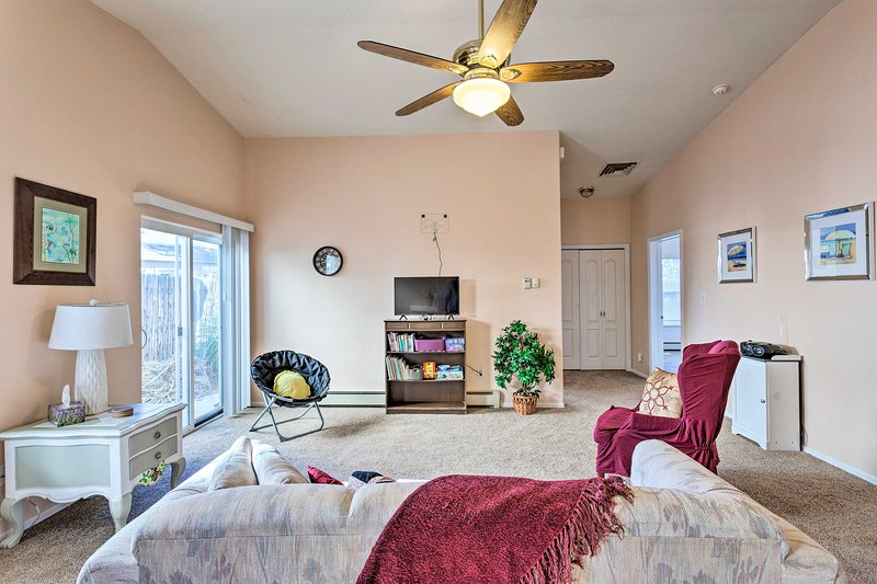 Grand Junction Townhome By CO Nat'l Monument!, vacation rental in Fruitvale