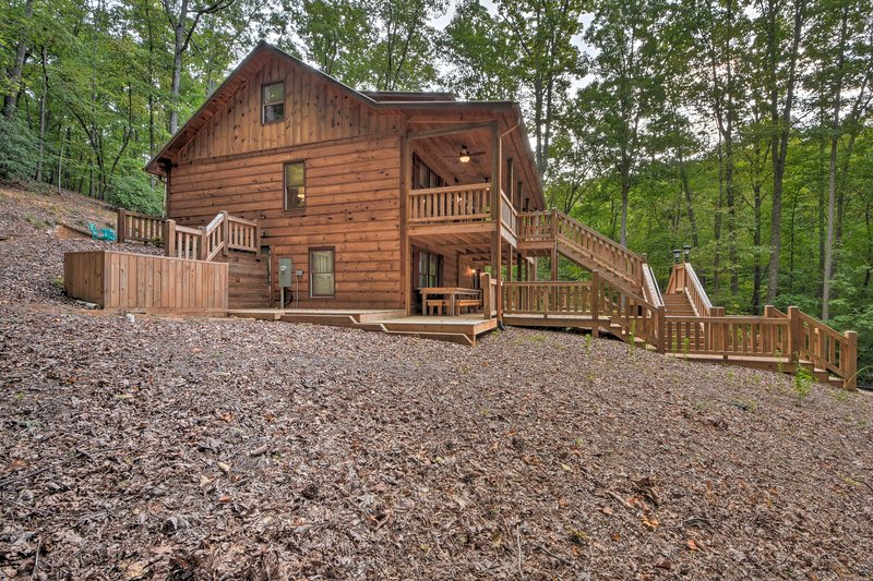 Youll be minutes from hiking and lakes during your stay at this Montgomery home.