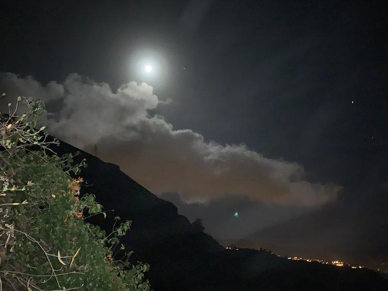 Moon is rising
