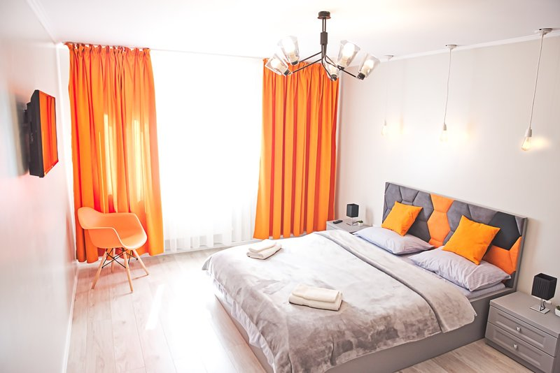 OPERA Ultracentral Apartment by Citylife Suites, holiday rental in Tarcau