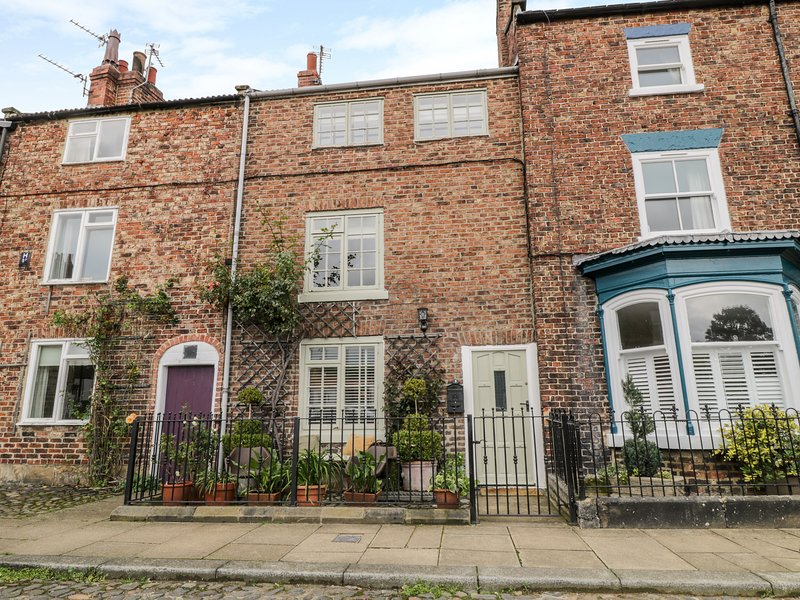 5 College Square, Stokesley, holiday rental in Potto