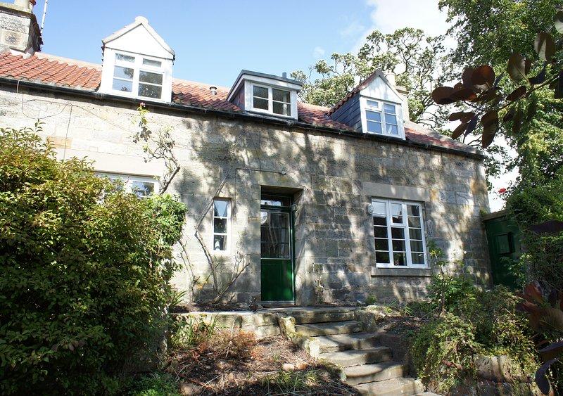 Orchard Cottage, St. Andrews, town centre, location de vacances à Boarhills