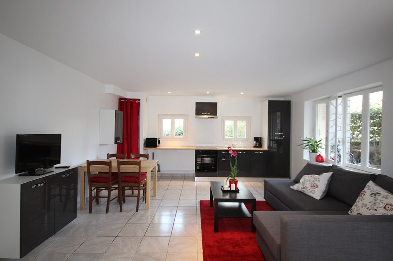 LES MINIMES  - Bel appt 4 pers avec terrasse, holiday rental in Toulouse