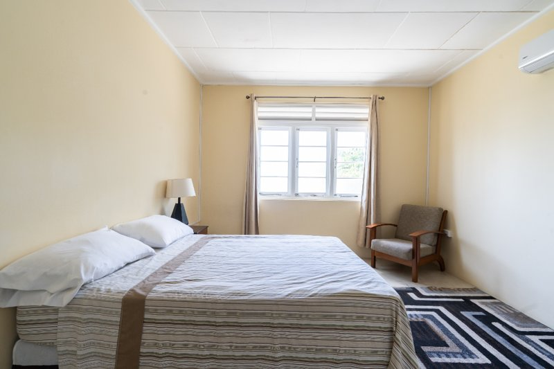 Cane Vale Apartment 2, holiday rental in Maxwell