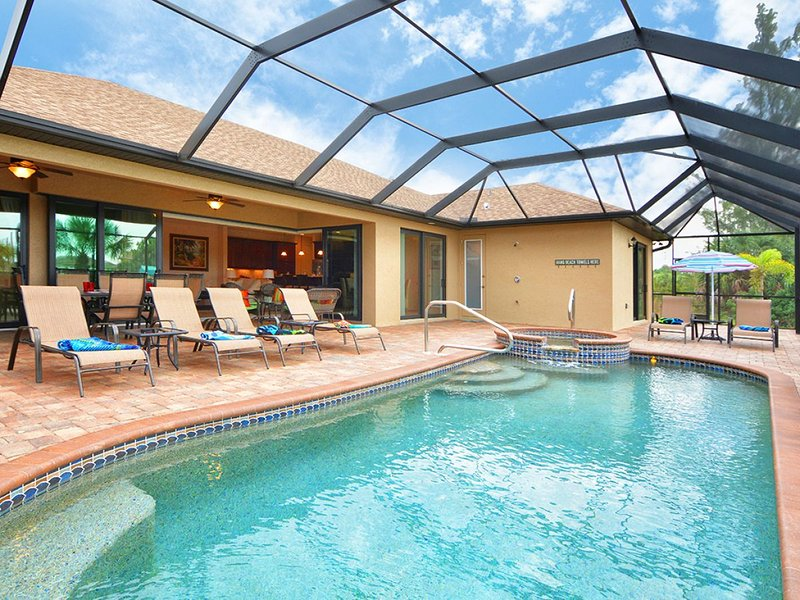South Gulf Cove 9455 * Your Sunny Getaway! *, holiday rental in Port Charlotte