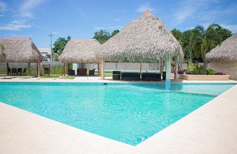 Coronado beach house with private pool $75 night, holiday rental in Playa Coronado
