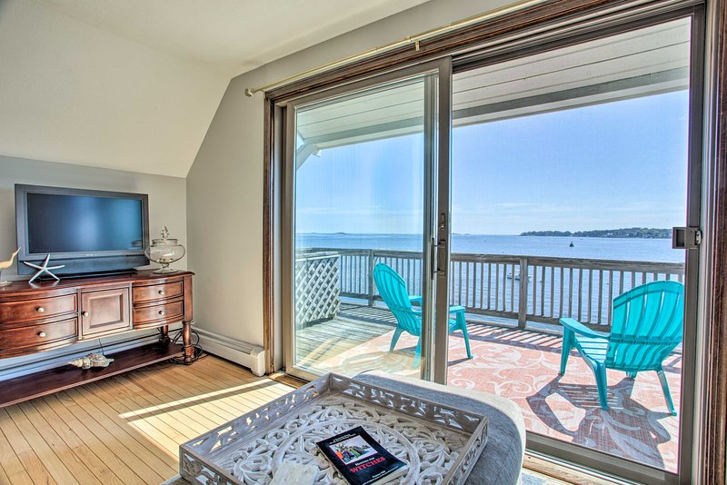 Salem Condo w/ Ocean Views - Walk to Beach!, holiday rental in Manchester-by-the-Sea