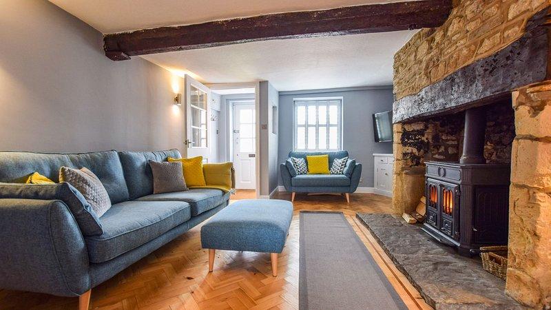 27 Horsefair, Malmesbury Sleeps 4 guests  in 2 bedrooms, vacation rental in Upper Seagry