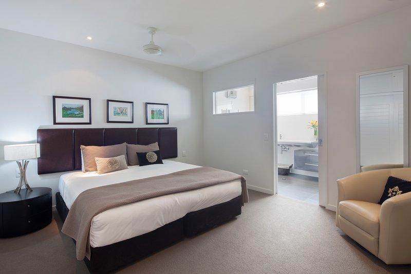 Guest Bedroom, luxury linen, wardrobe, electric blankets, wool duvets and blankets.