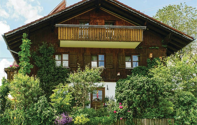 Beautiful home in Nesselwang with WiFi and 1 Bedrooms (DBA400), holiday rental in Nesselwang