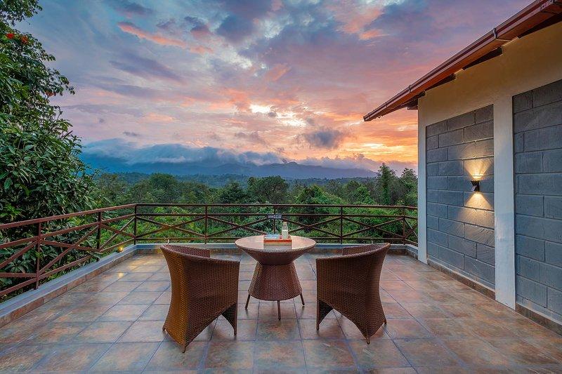 Sanctum Retreat by Vista Rooms, casa vacanza a Thirunelly