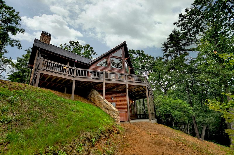 Treasure In The Trees- Mtn Views near Blue Ridge, casa vacanza a Epworth