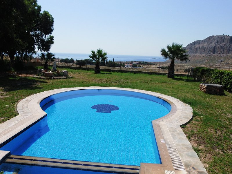 Pebble. A lovely villa with large pool & spa, gorgeous sea views., vacation rental in Lindos