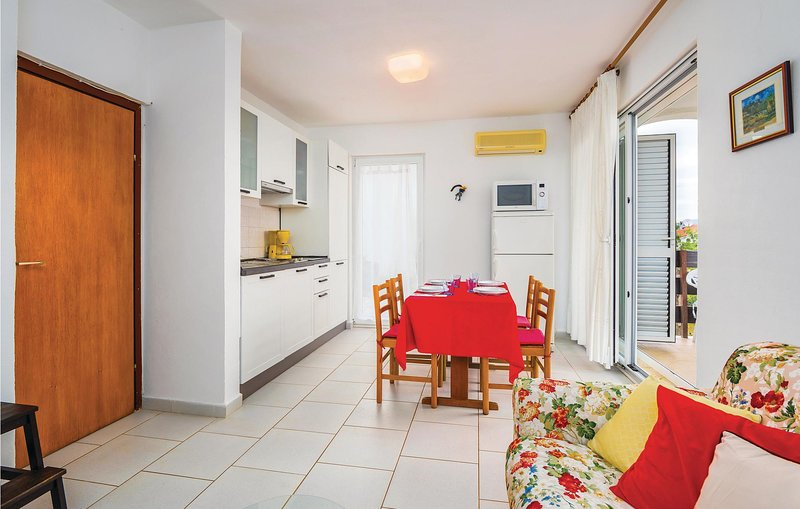 Amazing home in Ravni with 1 Bedrooms (CIK295), holiday rental in Ravni