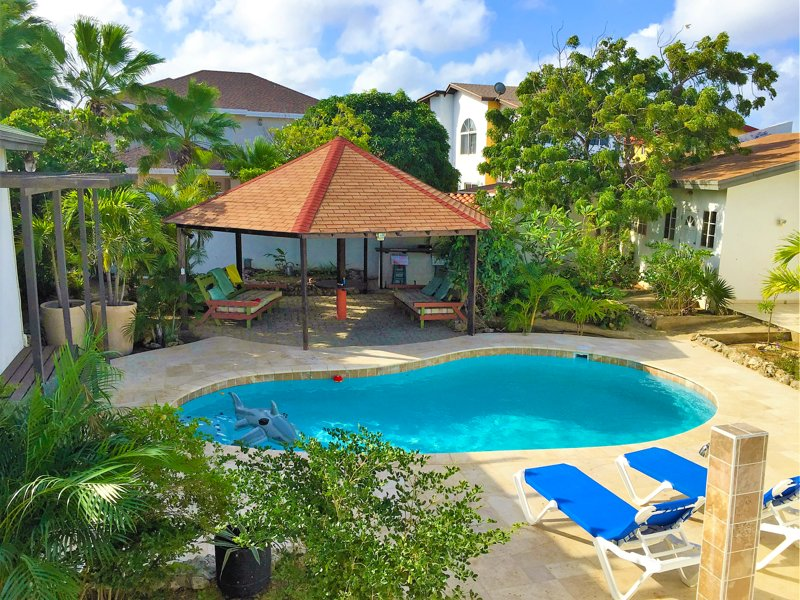 Parrot Villa, holiday rental in Palm - Eagle Beach