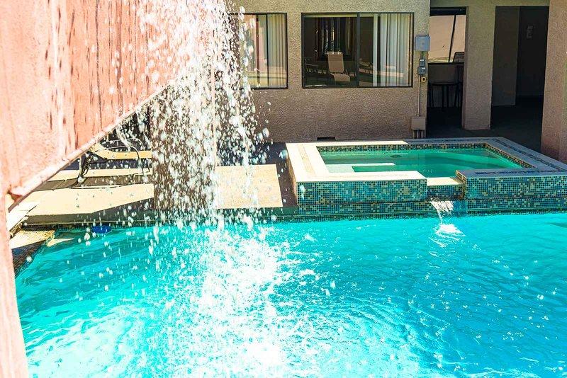 Indoor and Outdoor pool!