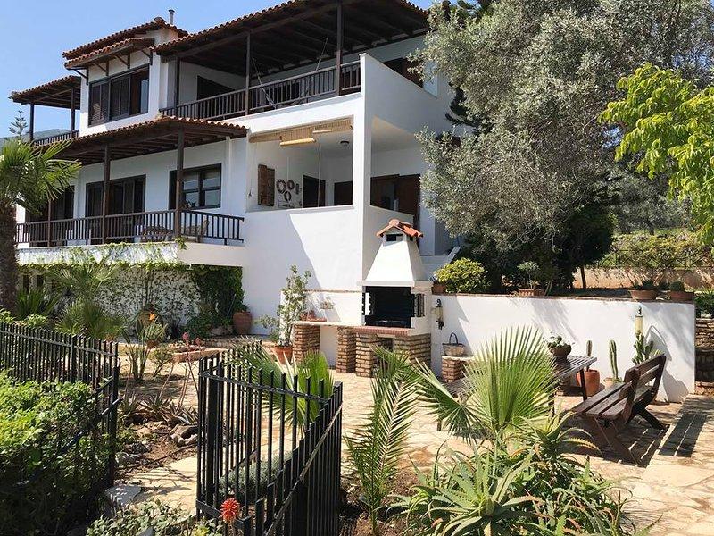 vila julia, vacation rental in Paralio Astros