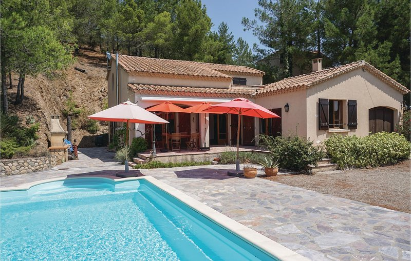Awesome home in Roquebrun with Outdoor swimming pool and 2 Bedrooms (FLH332), holiday rental in Causses et Veyran