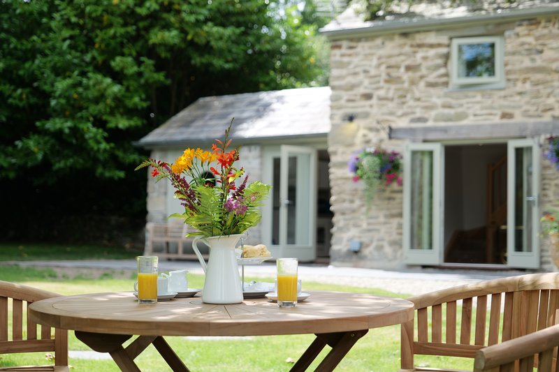 Pinetum Garden Cottages, holiday rental in St Austell