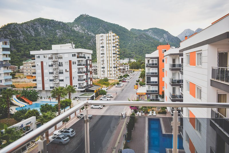 D10. Very spacious 1 BDR. Mountain view. Free wifi, vacation rental in Antalya