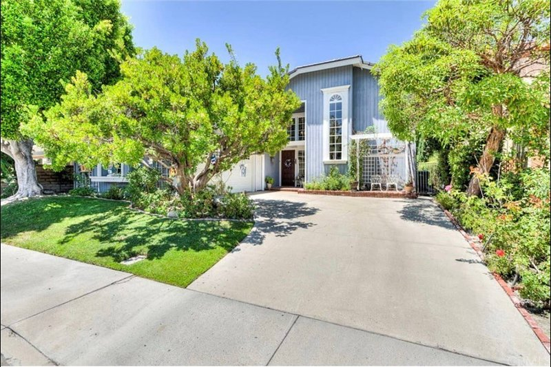 Stunning home near lake, casa vacanza a Mission Viejo