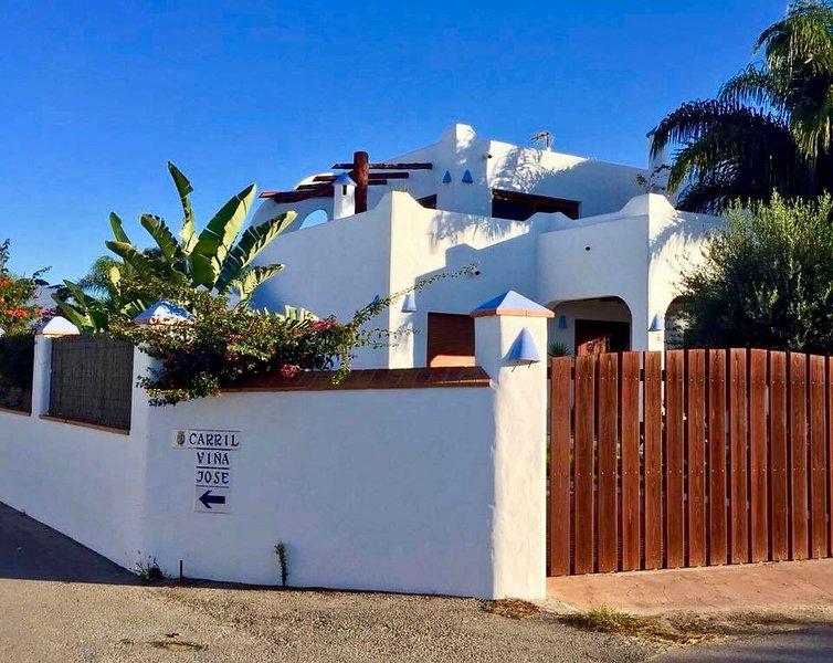 Casa Nacho Conil ' LA BALLENA AZUL ', holiday rental in Conil de la Frontera