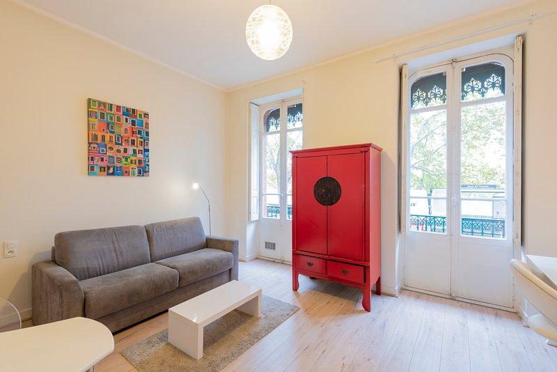 Le Bord de Garonne - Studio Cosy en centre-ville, alquiler de vacaciones en Cugnaux