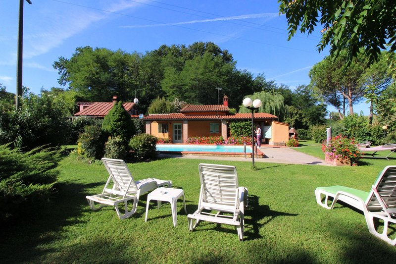 PAGLIAZZONE, vacation rental in Levane