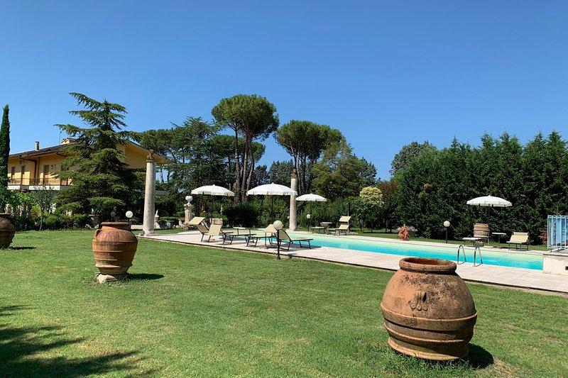 VILLA QUATTRO MORI, holiday rental in Tregozzano