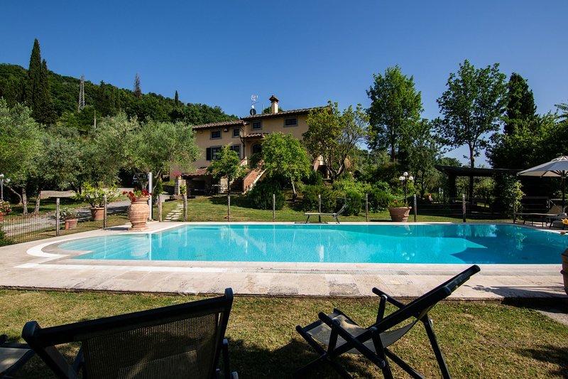 VILLA DEGLI OLIVI, holiday rental in Vitiano