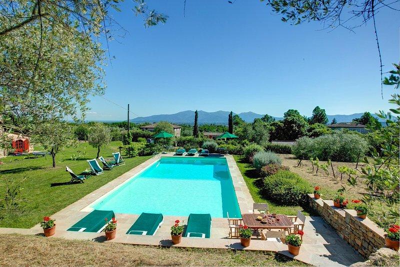 Pieve di San Pancrazio Villa Sleeps 12 with Pool Air Con and WiFi - 5604649, alquiler vacacional en Ciciana