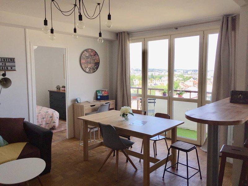 Amazing apt with balcony & Wifi, alquiler vacacional en Caen