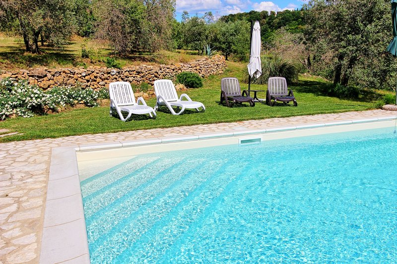 Montaleo Villa Sleeps 7 with Pool and WiFi - 5241965, vacation rental in Casale Marittimo