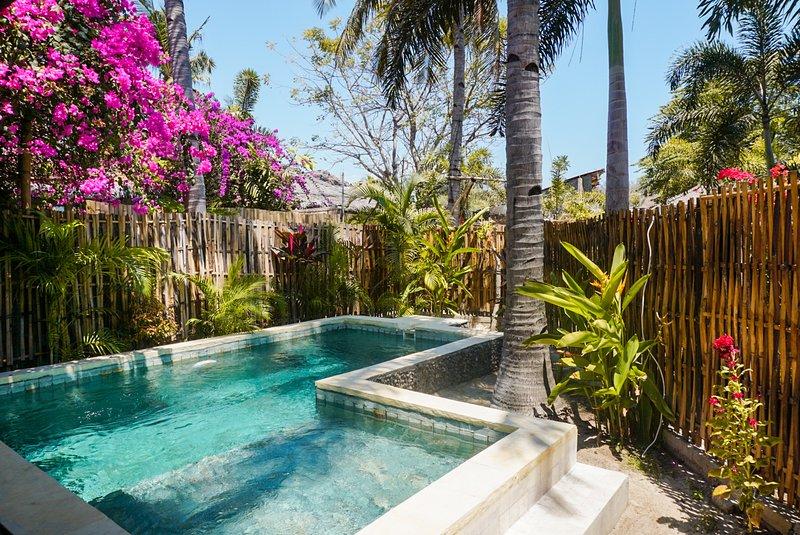 Villa Deluxe 23 1BR Private pool Gili Trawangan, holiday rental in Gili Trawangan